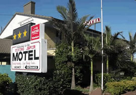 Flying Spur Motel - Accommodation Yamba