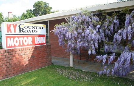 KY COUNTRY ROADS MOTOR INN - Accommodation Yamba