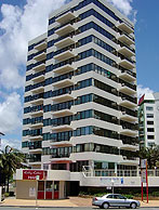 Beachfront Towers - Accommodation Yamba