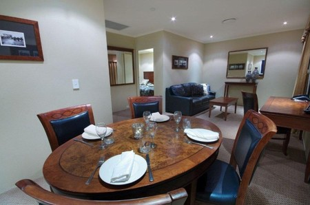 Quality Hotel Powerhouse - Accommodation Yamba