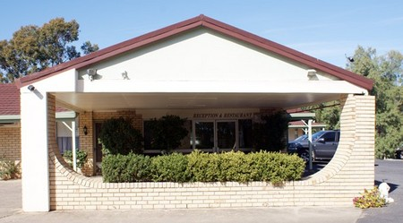 Burke And Wills Moree Motor Inn - Accommodation Yamba