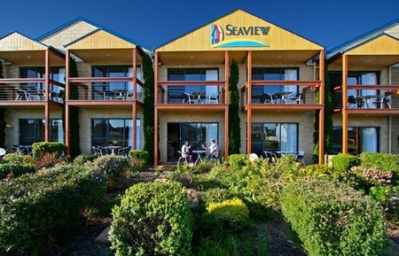 Seaview Motel  Apartments - Accommodation Yamba