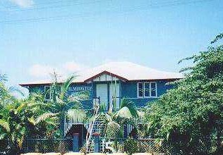 Ayr Backpackers/wilmington House - Accommodation Yamba