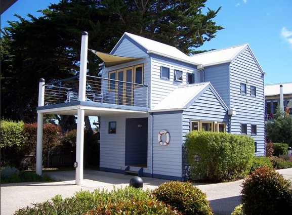 Rayville Boat Houses - Accommodation Yamba