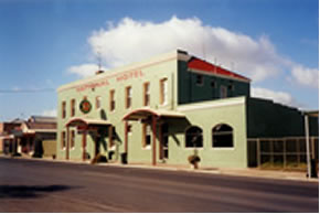 National Hotel - Accommodation Yamba