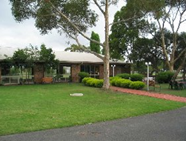 Peninsula Motor Inn and Tyabb Fly Inn - Accommodation Yamba