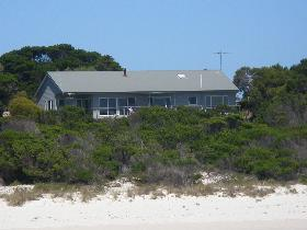 Island Beach Escape - Accommodation Yamba