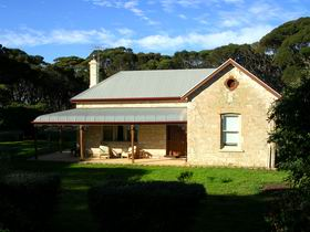Dudley Villa - Accommodation Yamba