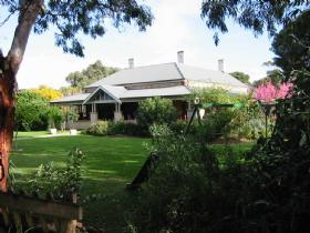 Yankalilla Bay Homestead Bed and Breakfast - Accommodation Yamba