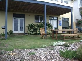 Victor Apartments - Cheri-On-Sea Apartment - Accommodation Yamba