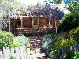 Sea  Vines Cottage - Accommodation Yamba