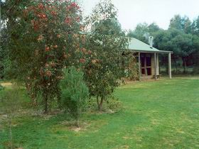 Murray's Country Cottages - Accommodation Yamba