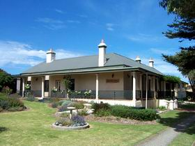 Seaview Lodge K.I. - Accommodation Yamba