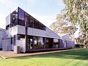 Punters Vineyard Retreat - Accommodation Yamba
