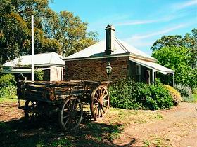 Reilly's Wines Heritage Cottages - Accommodation Yamba