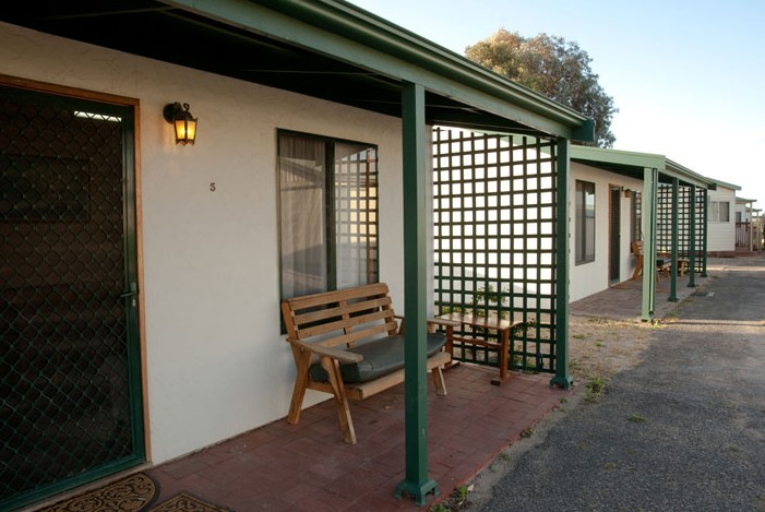 Moonta Bay Road Cabins and Cottages - Accommodation Yamba