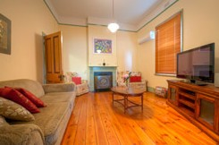 Semaphore Beach Cottage Bed and Breakfast - Accommodation Yamba
