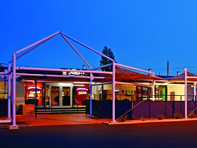 Claremont Hotel - Accommodation Yamba