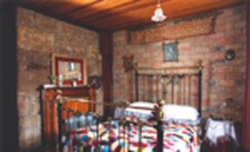 Hamilton's Cottage Collection and Country Gardens - Georges Cottage - Accommodation Yamba