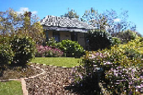 Camellia Cottage At Maple Hill - Accommodation Yamba