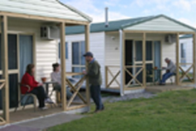 Discovery Holiday Parks Devonport Cosy Cabins - Accommodation Yamba