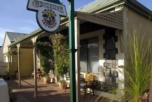 Emaroo Cottage on Oxide Street - Accommodation Yamba