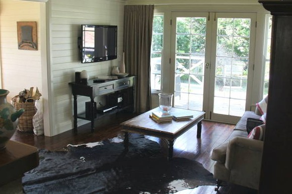 Book Barn Cottage - Accommodation Yamba