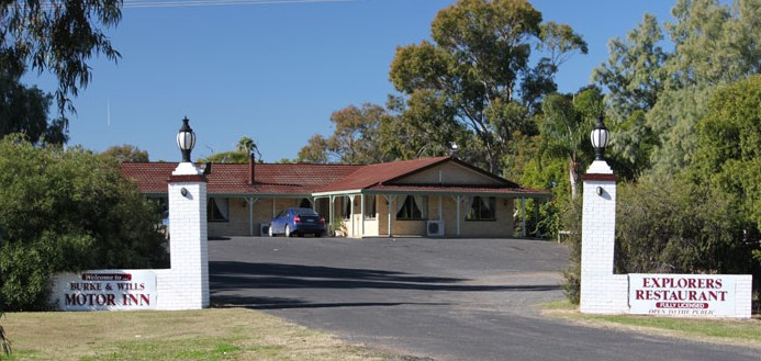 Burke and Wills Motor Inn - Moree - Accommodation Yamba