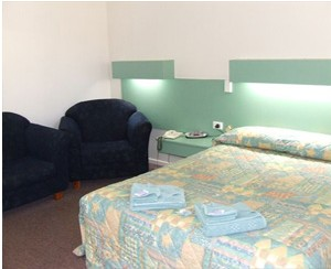 Longreach Motel - Accommodation Yamba
