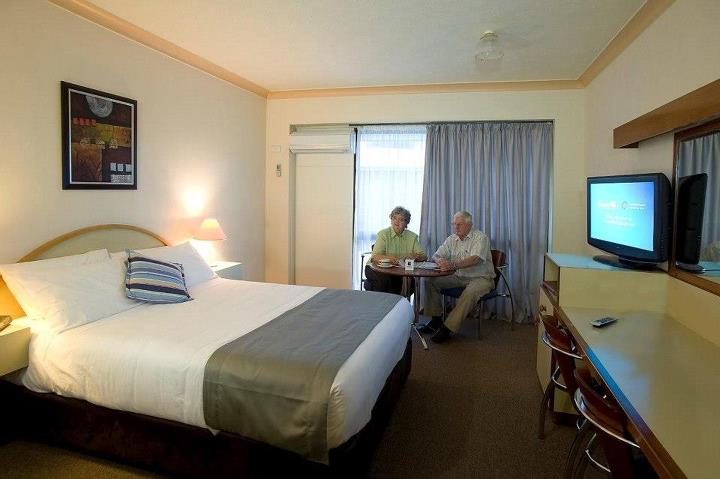 Longreach Motor Inn - Accommodation Yamba