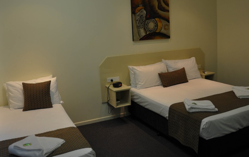 Bluewater Harbour Motel Bowen - Accommodation Yamba