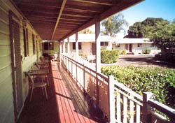 Bottle Tree Gardens Motel - Accommodation Yamba