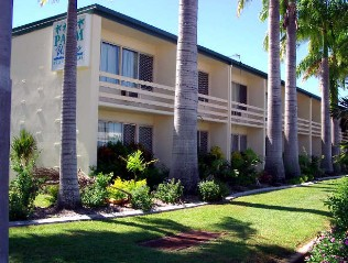 Palm Waters Holiday Villas - Accommodation Yamba