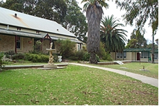 The Island Resort Motel - Accommodation Yamba