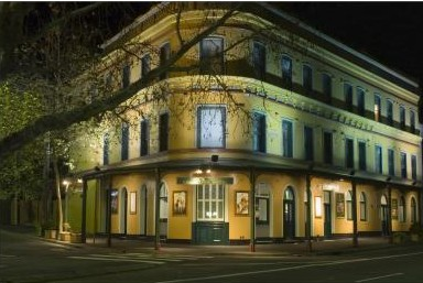 The Royal Exhibition Hotel - Accommodation Yamba