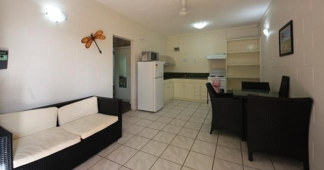 Coconut Grove Holiday Apartments - Accommodation Yamba