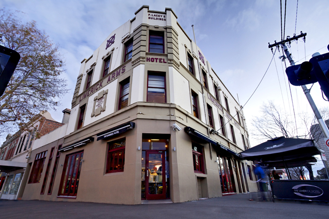 The Limerick Arms Hotel - Accommodation Yamba