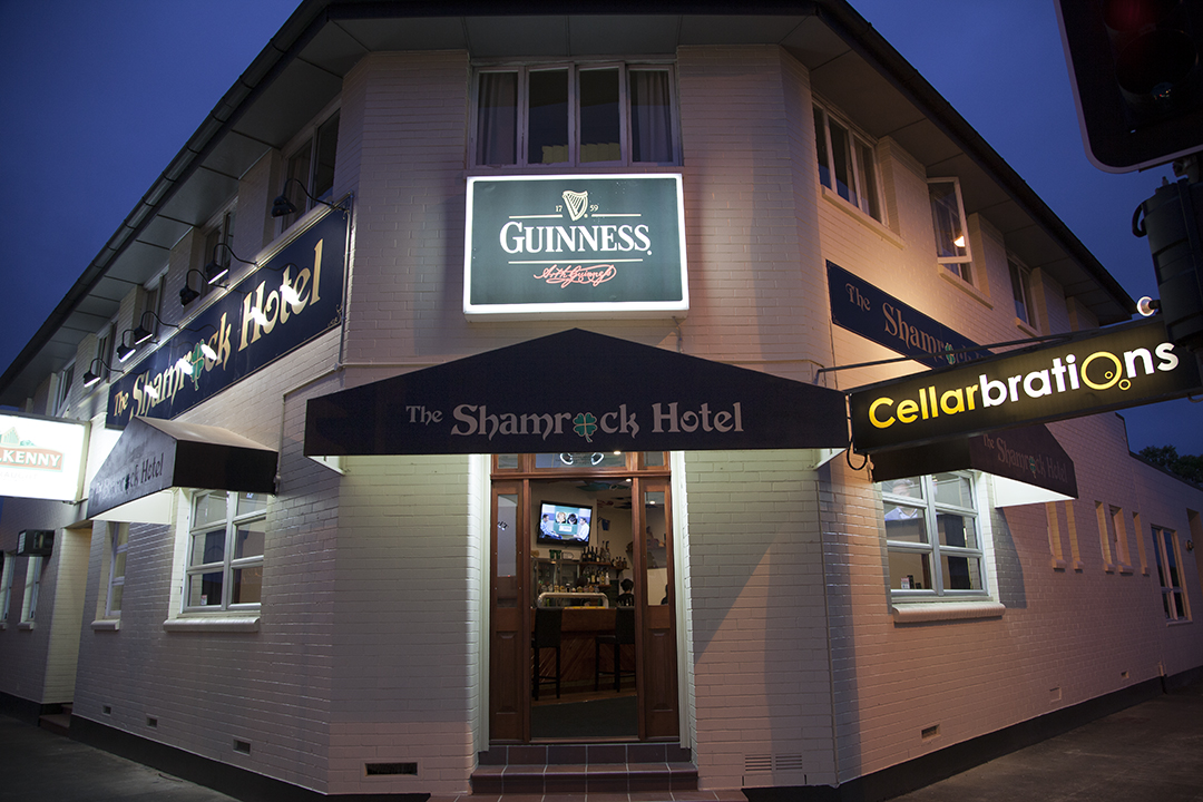 Shamrock Hotel - Accommodation Yamba