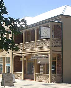 Cobb  Co Court Boutique Hotel - Accommodation Yamba