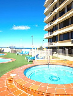 Breakers North Beachfront Apartments - Accommodation Yamba