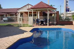 Roma Mid Town Motor Inn - Accommodation Yamba