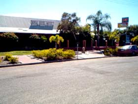 Royal Hotel Resort - Accommodation Yamba