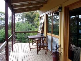 Henry's Retreat - Accommodation Yamba