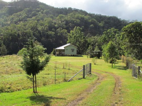 Eighteen Mile Cottage and Homestead - Accommodation Yamba