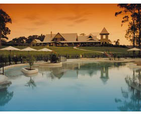 Mercure Lake Maquarie Raffertys Resort - Accommodation Yamba