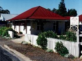 Cobb amp Co Cottages - Accommodation Yamba