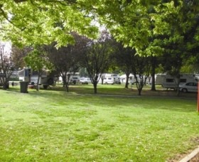 Cowra Van Park - Accommodation Yamba