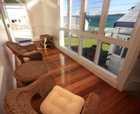 Sugarloaf Point Lighthouse Holiday Accommodation - Accommodation Yamba