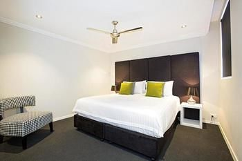 Astina Serviced Apartments - Parkside - Accommodation Yamba