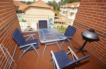 North Ryde 37 Cull Furnished Apartment - Accommodation Yamba